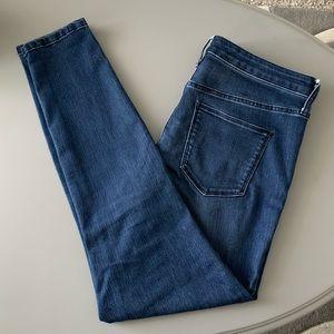 Universal Thread Mid Rise Dark Skinny Jeans 10